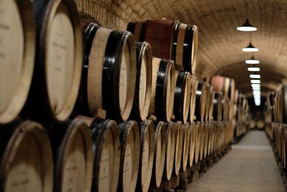bid-online-ageing-hospices-beaune-wine-burgundy